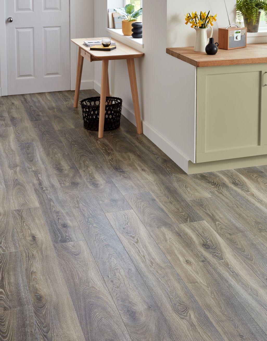 Highland Oak Titan Laminate Flooring, Winterton Oak Laminate Flooring