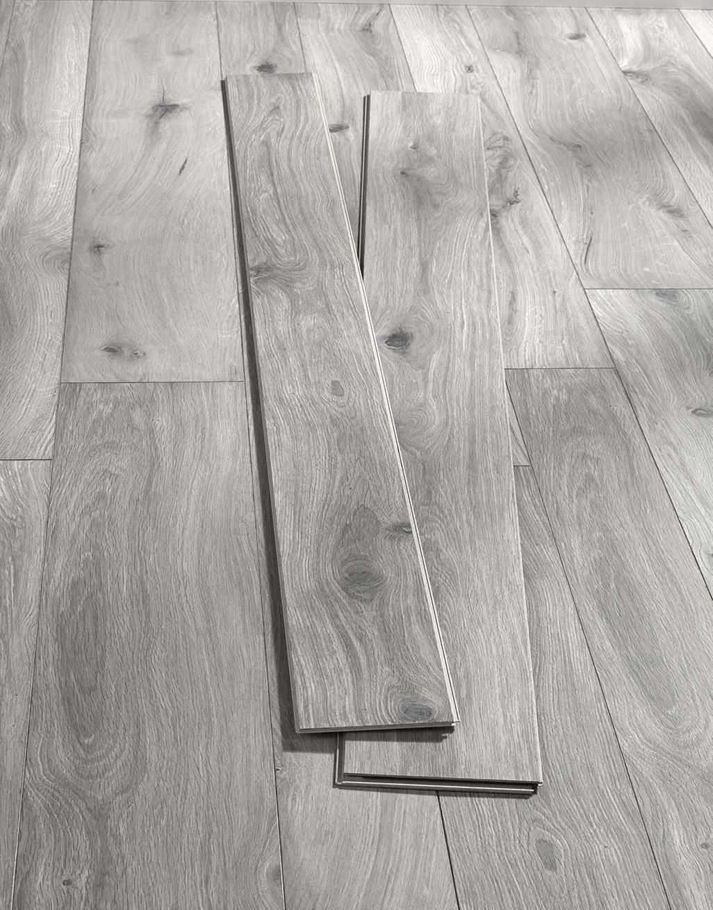 Coastal Grey Oak Laminate Flooring, Gray Barnwood Laminate Flooring