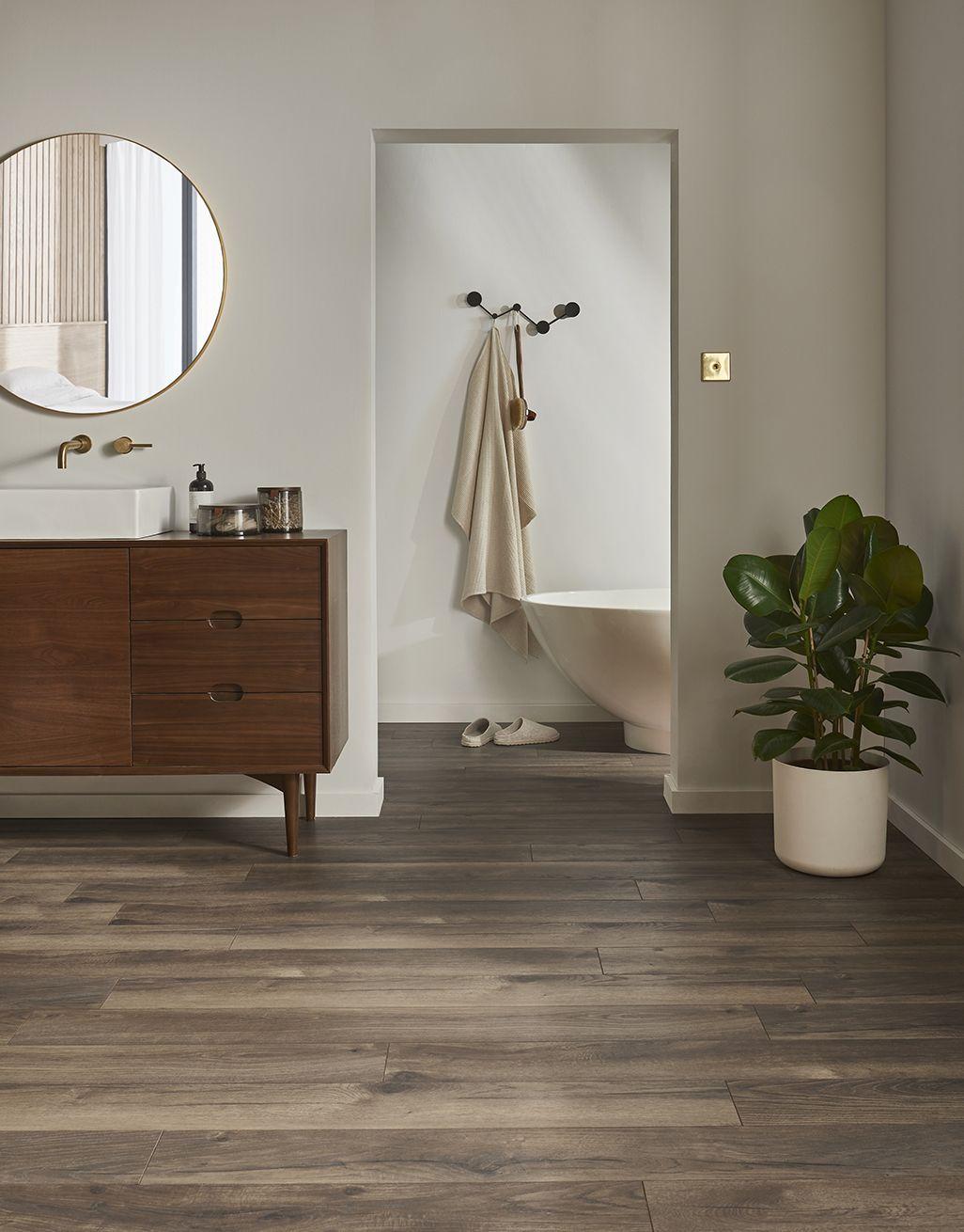 Dark Peterson Oak Laminate Flooring, Seconds And Surplus Laminate Flooring
