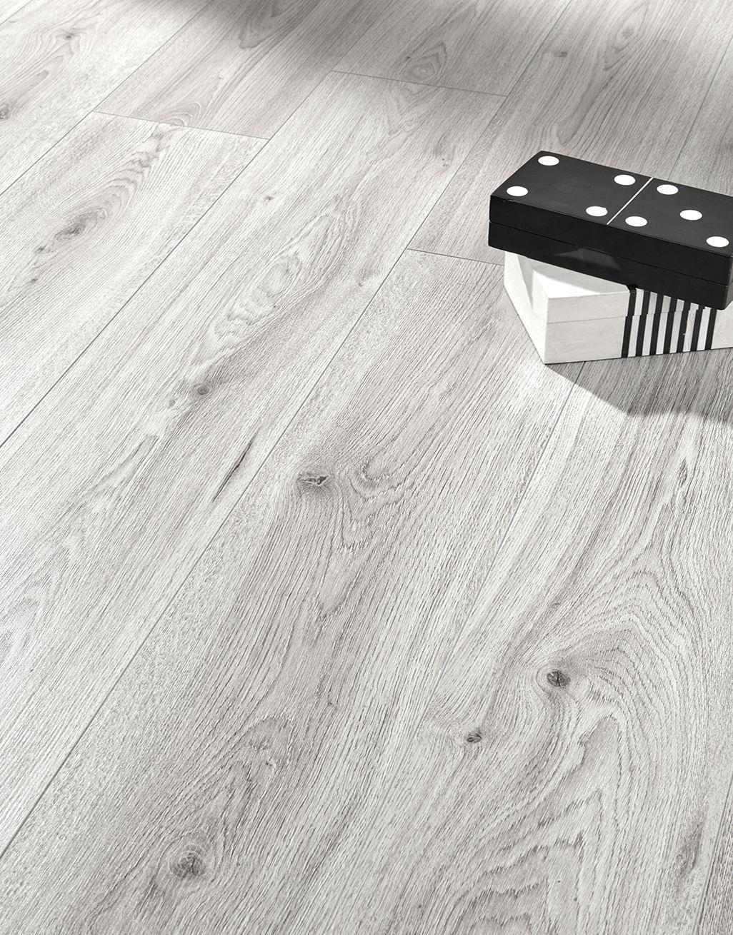 Light Grey Oak Laminate Flooring, Light Grey Oak Effect Laminate Flooring