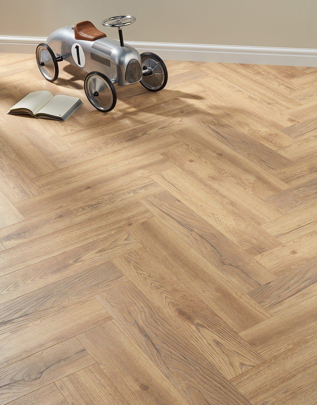 Regency Oak Laminate Flooring, Real Wood Effect Laminate Flooring