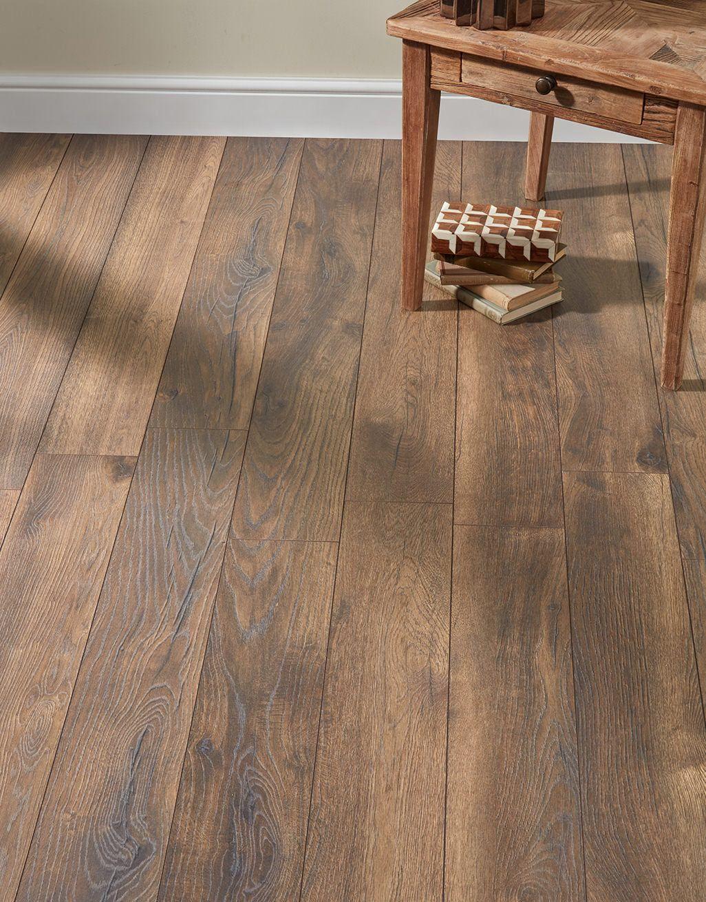Dark Peterson Oak Laminate Flooring, Laminate Flooring Dark Brown