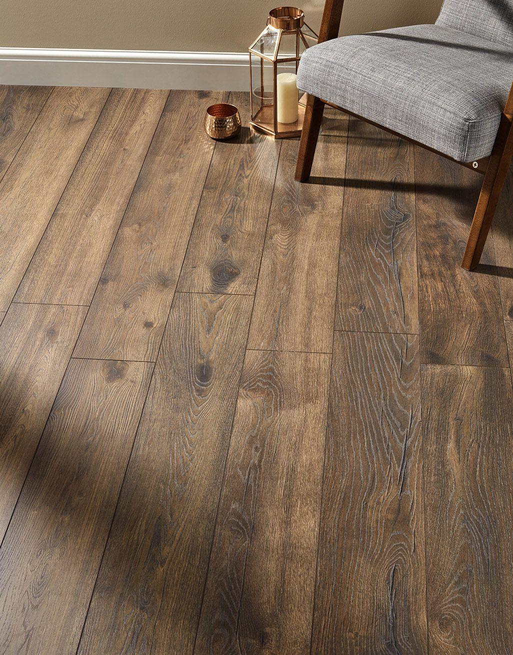 Villa Peterson Oak Laminate Flooring, Real Wood Effect Laminate Flooring