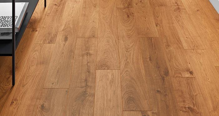 Villa - Atlas Oak Natural Laminate Flooring - Descriptive 2