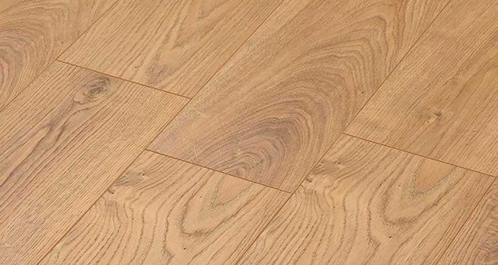 Manor - Atlas Oak Nature Laminate Flooring - Descriptive 2