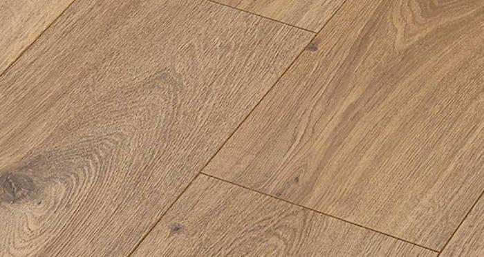 Manor - Prestige Oak Nature Laminate Flooring - Descriptive 2