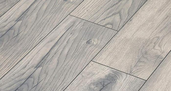 Manor - Peterson Oak Grey Laminate Flooring - Descriptive 2
