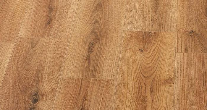 Farmhouse - Summer Oak Laminate Flooring - Descriptive 2