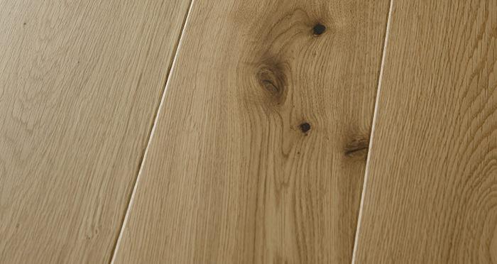 Carpenters Choice Oak 185mm Wide Lacquered - Descriptive 1