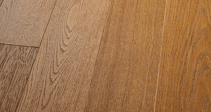 Kensington Golden Oak Engineered Wood Flooring - Descriptive 1