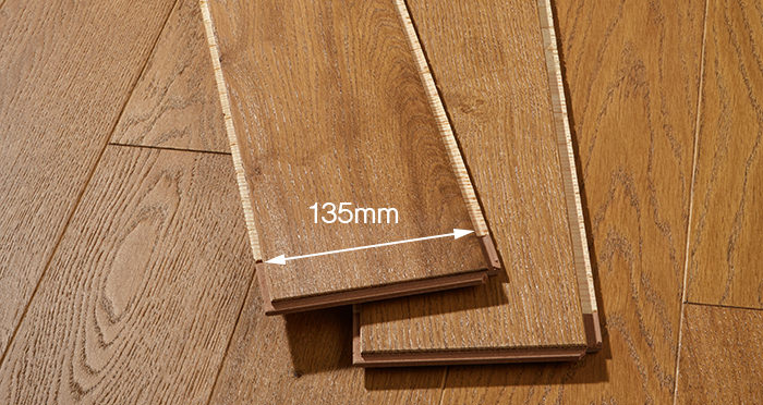 Kensington Golden Oak Engineered Wood Flooring - Descriptive 2