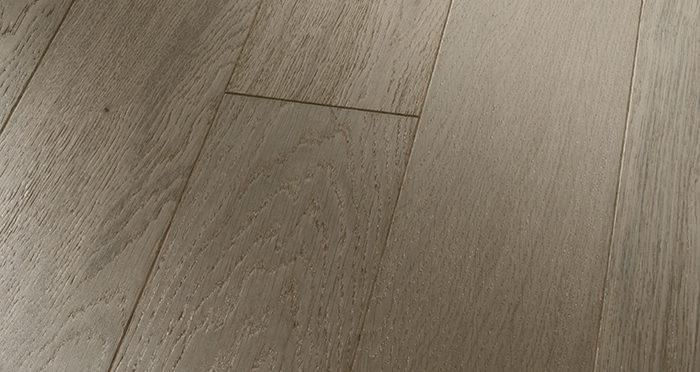 Kensington Grey Mist Oak Brushed & Lacquered Engineered Wood Flooring - Descriptive 1