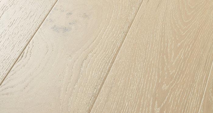 Mayfair Chantilly Oak Engineered Wood Flooring - Descriptive 1