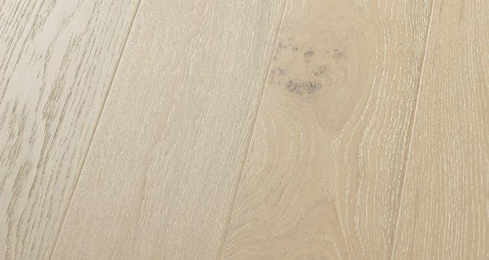 Mayfair Chantilly Oak Engineered Wood Flooring - Descriptive 4