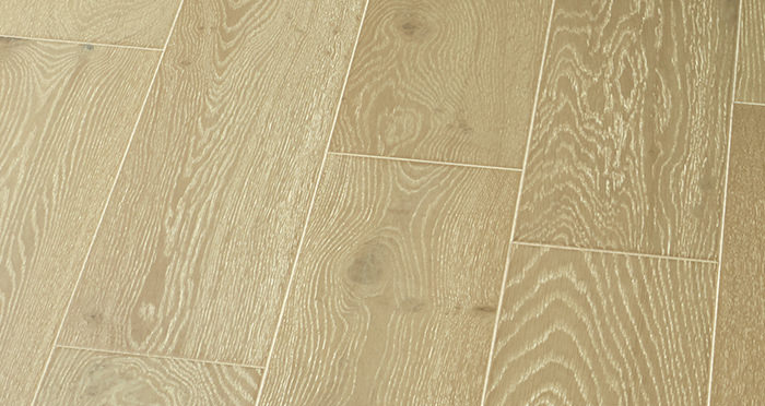 Mayfair Chocolate Sundae Oak Engineered Wood Flooring - Descriptive 4