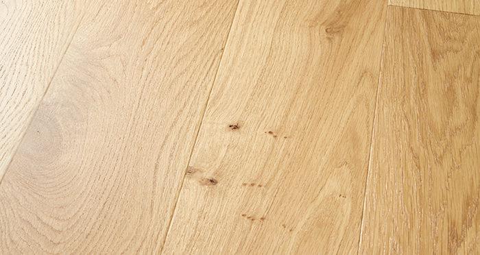 Mayfair Grande Oak Lacquered Engineered Wood Flooring - Descriptive 1