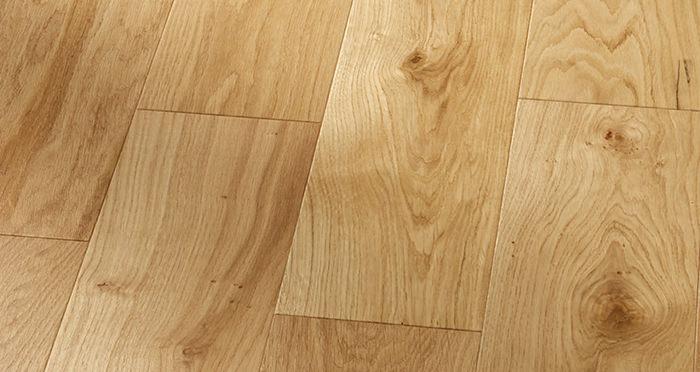 Mayfair Grande Oak Lacquered Engineered Wood Flooring - Descriptive 3