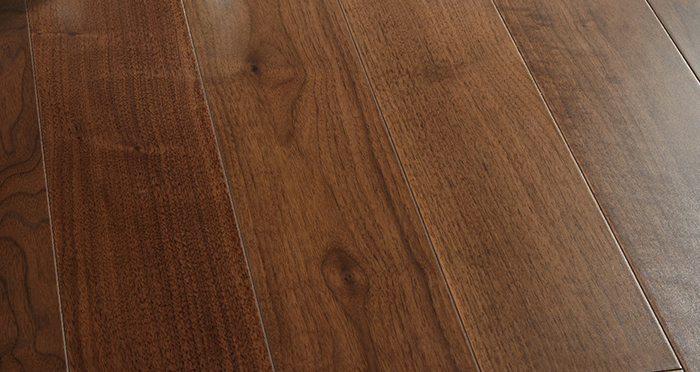 Salcombe Walnut Lacquered Engineered Wood Flooring - Descriptive 4