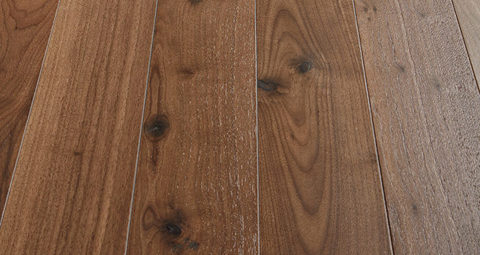 Salcombe Walnut Brushed & Lacquered Engineered Wood Flooring - Descriptive 1