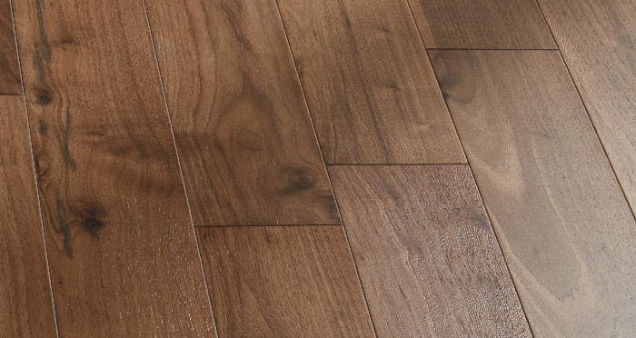 Salcombe Walnut Brushed & Lacquered Engineered Wood Flooring - Descriptive 3