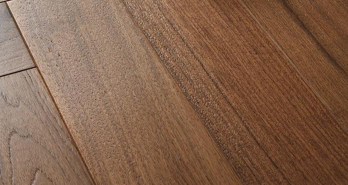 Marylebone Walnut Brushed & Lacquered Engineered Wood Flooring - Descriptive 1