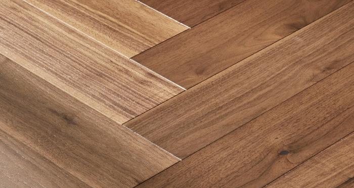 Marylebone Walnut Brushed & Lacquered Engineered Wood Flooring - Descriptive 2