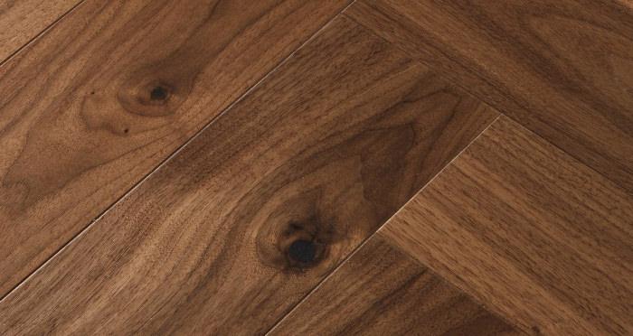 Marylebone Walnut Brushed & Lacquered Engineered Wood Flooring - Descriptive 3