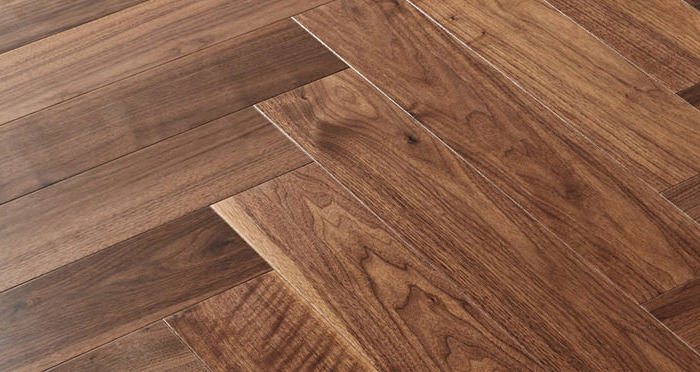 Marylebone Walnut Lacquered Engineered Wood Flooring - Descriptive 2