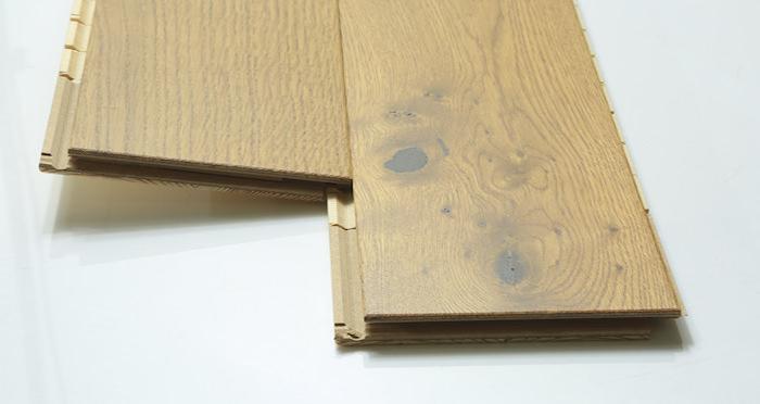 Carpenters Choice Oak 130mm Golden Smoked Engineered Wood Flooring - Descriptive 2