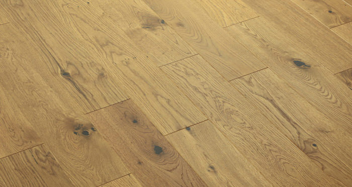 Carpenters Choice Oak 130mm Golden Smoked Engineered Wood Flooring - Descriptive 5