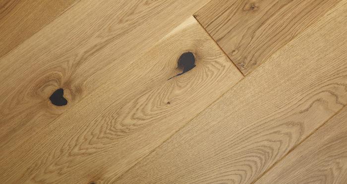 Knightsbridge Rustic Oak Lacquered Engineered Wood Flooring - Descriptive 6