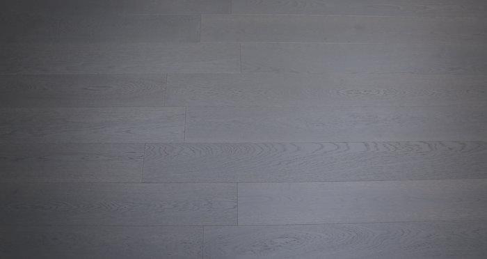 Knightsbridge Graphite Oak Brushed & Lacquered Engineered Wood Flooring - Descriptive 3
