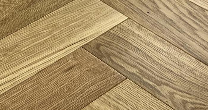 Trade Select 14mm x 100mm Natural Matt Lacquered Herringbone Engineered Wood Flooring - Descriptive 5