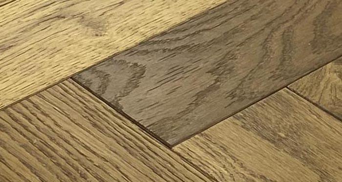 Trade Select Golden Brushed & Oiled Herringbone Engineered Wood Flooring - Descriptive 5