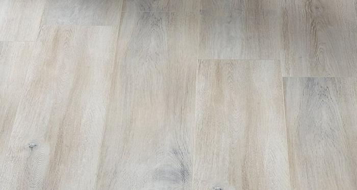 Cottage - Whitewashed Oak Laminate Flooring - Descriptive 2