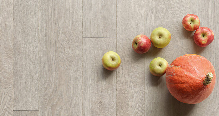 Barnwood Multi Width - Apollo Grey Oak Laminate Flooring - Descriptive 4