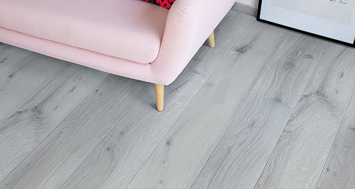 Barnwood Multi Width - Coastal Grey Oak Laminate Flooring - Descriptive 2