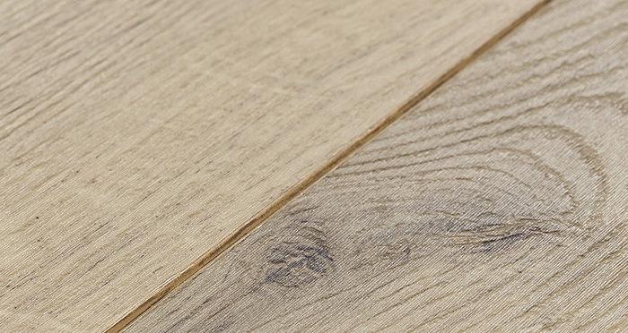 Barnwood Multi Width - Natural Forester Oak Laminate Flooring - Descriptive 3