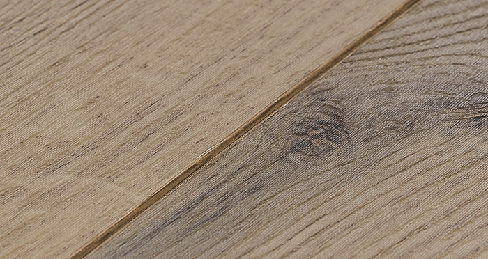 Barnwood Multi Width - Smoked Vintage Oak Laminate Flooring - Descriptive 3