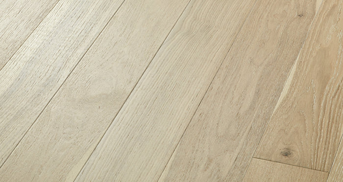Salcombe Whitewashed Coastal Oak Engineered Wood Flooring - Descriptive 1