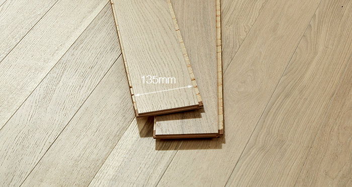 Salcombe Whitewashed Coastal Oak Engineered Wood Flooring - Descriptive 2