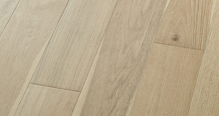 Salcombe Whitewashed Coastal Oak Engineered Wood Flooring - Descriptive 3