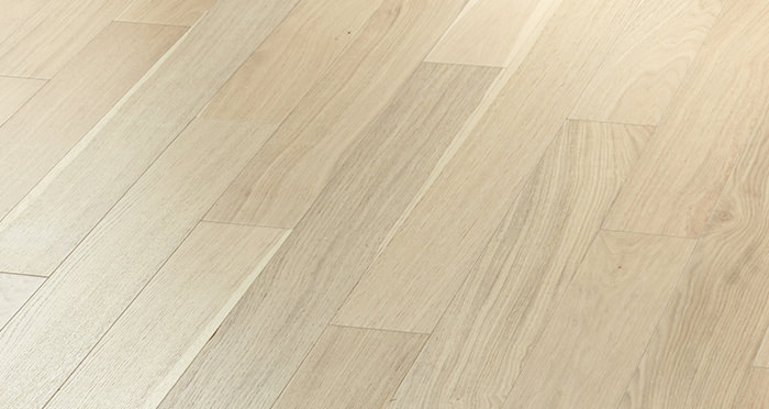 Salcombe Whitewashed Coastal Oak Engineered Wood Flooring - Descriptive 4