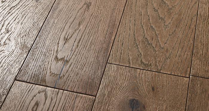 Manhattan Boathouse Oak Brushed & Oiled Engineered Wood Flooring - Descriptive 1