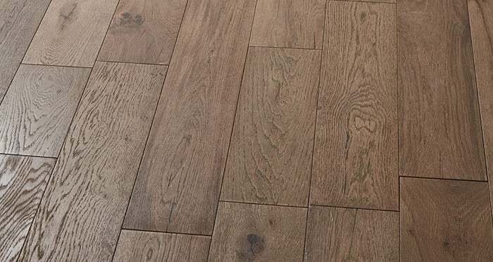 Manhattan Boathouse Oak Brushed & Oiled Engineered Wood Flooring - Descriptive 2
