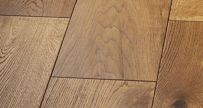 Mansion Golden Smoked Oak Brushed & Lacquered Engineered Wood Flooring - Descriptive 5