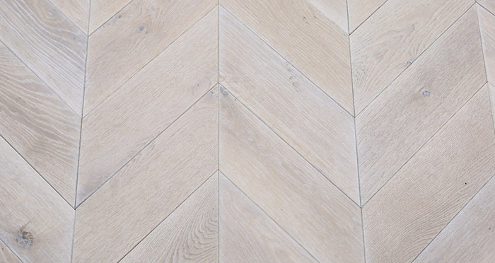 Whitewashed Oak Chevron Oak Solid Wood Flooring - Descriptive 1
