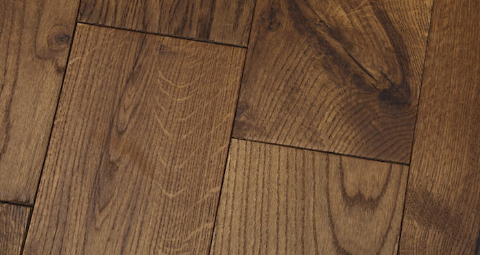 Luxury Cinnamon Oak Solid Wood Flooring - Descriptive 5