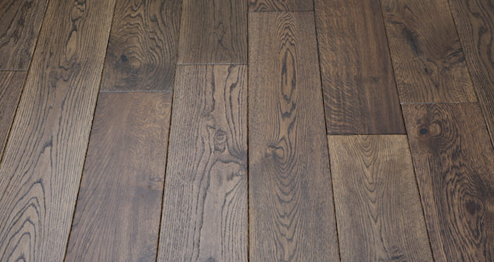 Vintage Carved Oak Lacquered Solid Wood Flooring - Descriptive 5