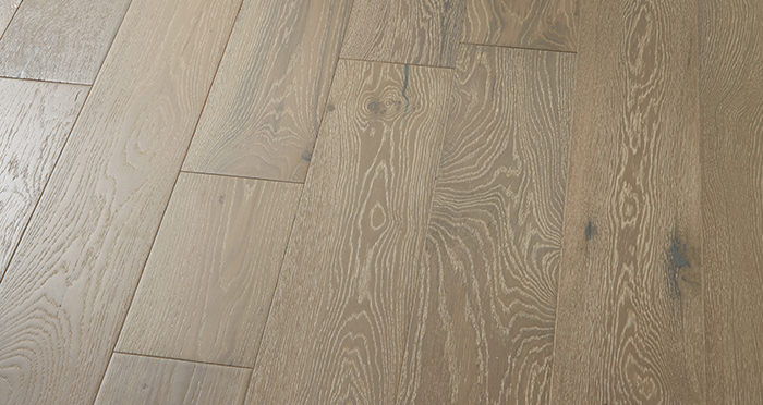 Manhattan Pearl Grey Oak Brushed & Lacquered Engineered Wood Flooring - Descriptive 2